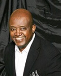 Vocalist Carlton